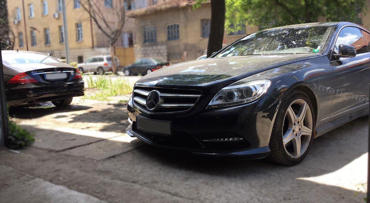 Mercedes_W216_air_suspension